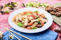 Buchet de calamar cu bambus și ciuperci de iarnă image