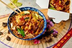 Noodles + șalău în sos iute image