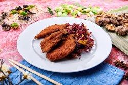 Șnițel de pui Sichuan cu salată varză roșie image