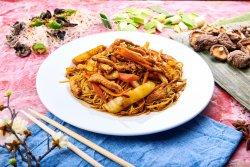 Spaghete prăjite cu pui image