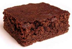 Brownie cu alune de pădure și multă ciocolată