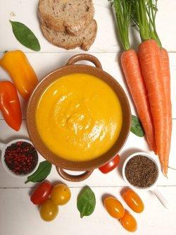 Supă cremă de morcovi și ghimbir