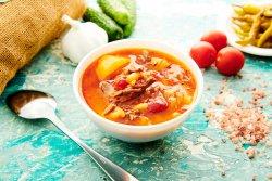 Supă gulaș de vită image