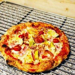 Pizza Primavera Bianche + o doză de Pepsi Gratuit