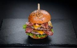 Uriașul Burger  image