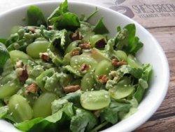 Salata cu spanac si avocado (raw) image