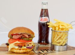 Meal Deal Royal Chicken Burger image