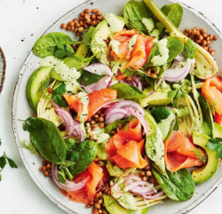 Salată cu somon afumat/ Smoked salmon salad