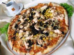 Pizza Prosciutto funghi mare image