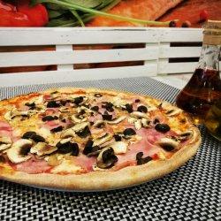 Pizza Capriciosa gigant image