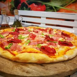 Pizza Diavola gigant
