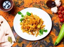 Cartofi prăjiți gratinați cu cheddar și chili