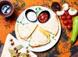 Quesadilla cu brânză