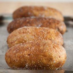 Cartofi copți în sare image