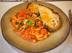 Healthy meal Bean Provençal image