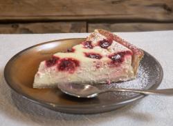 Raspberry tart slice image