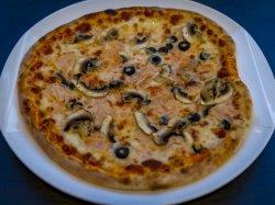 Pizza quarto stagioni image