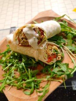 Wrap Falafel cu sos Tahini (Produs de post) image