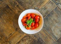 Salată de roșii cherry image