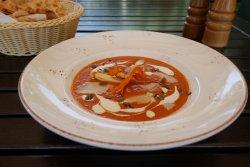 Supa De Rosii Cu Parmezan Si Mozzarella image