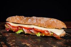 Sandwich ardelenesc