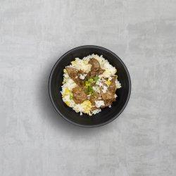 Orez prăjit cu carne de vită image