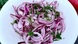 Salată de ceapă roşie  image
