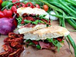 Prosciutto crudo & rucolla sandwich image