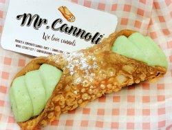 Mr. Cannoli: Cannoli Fistic