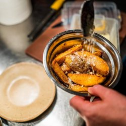 Cimbru: Cartofi cu parmezan