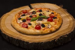 Pizza Treponti: Pizza Paesana