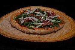 Pizza Treponti: Pizza con crudo