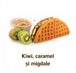 Famous Waffle: Waffle cu Kiwi, Caramel si Migdale