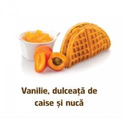 Famous Waffle: Waffle cu Vanilie, Dulceata de caise si Nuca