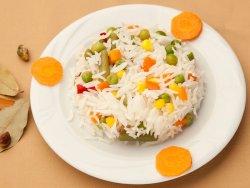 Orez alb cu legume image