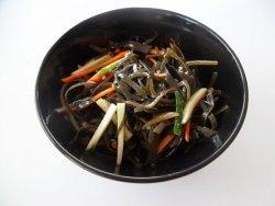Salata din alge de mare