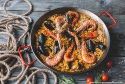 Paella cu fructe de mare image