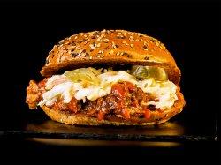 Burger Spicy Joe & Crispy Fries image