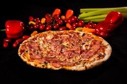 Pizza Pancetta e mozzarella image