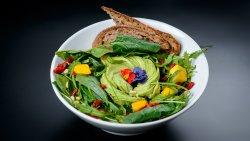 Salată cu avocado (RawVegan)  image