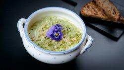 Supă cremă de avocado  image