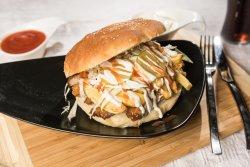 Hamburger cu șnițel de porc image