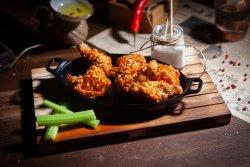 Buffalo Wings& Blue Cheese image