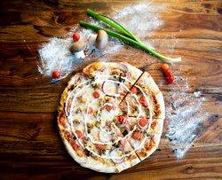 Pizza Pollo Family