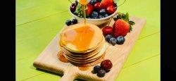Clătite americane cu mix fructe