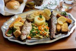 Platoul pescarului, din pește românesc image