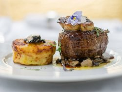 Uruguay Beef fillet with gratinated potatoes  image