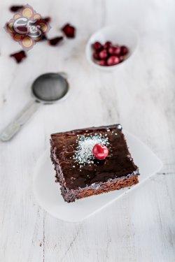 Brownie cake image