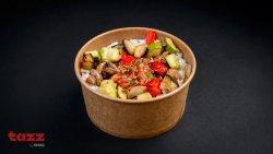 Pulled pork cu orez, legume și salată coleslaw image