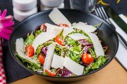 Salată mix roșii cherry